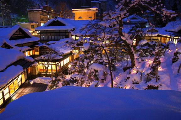 2011年雪見ろうそく 向瀧の写真館